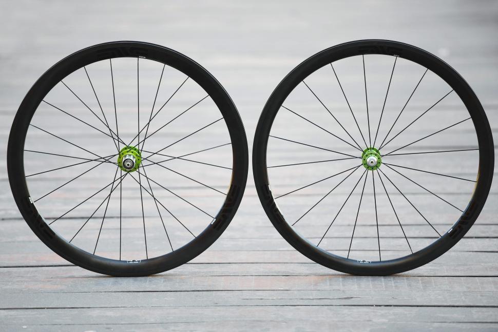 10821f7dd1c First Ride  Enve SES 3.4 carbon fibre clincher wheels