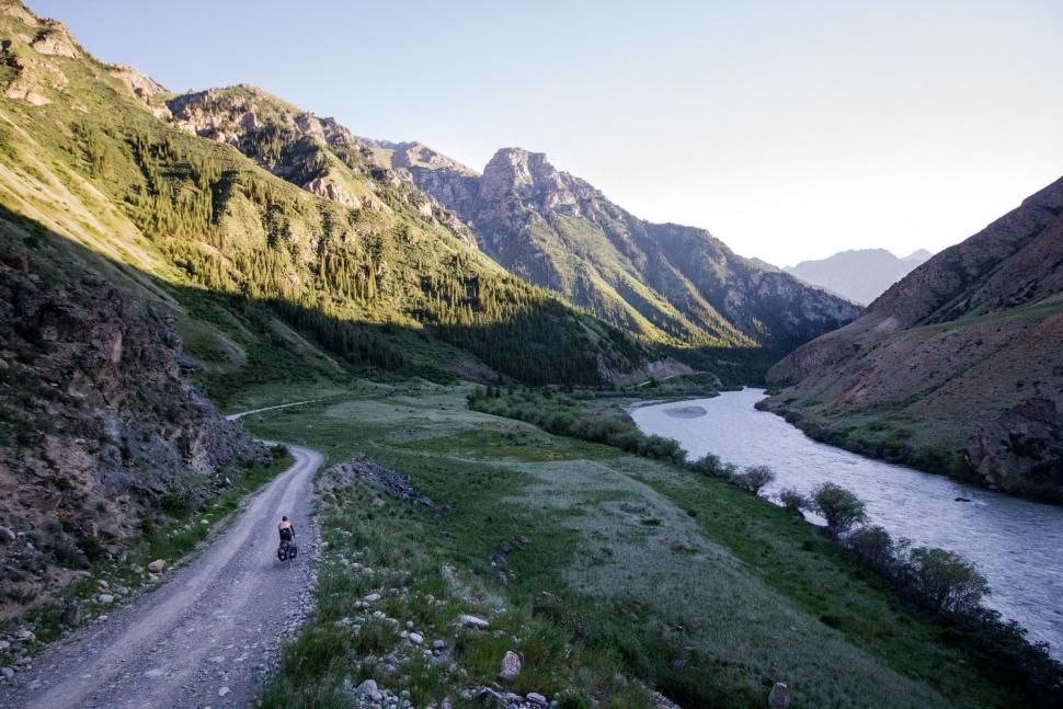 escape_by_bike_-_dusk_in_the_tien_shan_mountains_in_kyrgyzstan_c_joshua_cunningham_2018.jpg