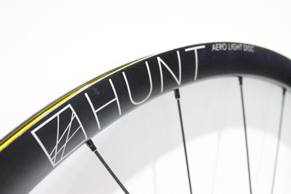 Eurobike 2017 Hunt Aero Light Disc wheels - 2.jpg