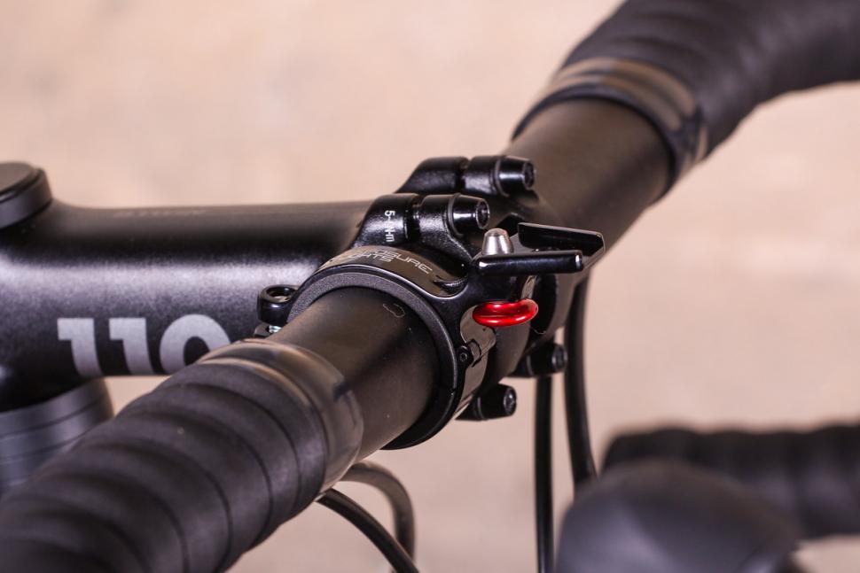 Exposure Strada RS - mount.jpg