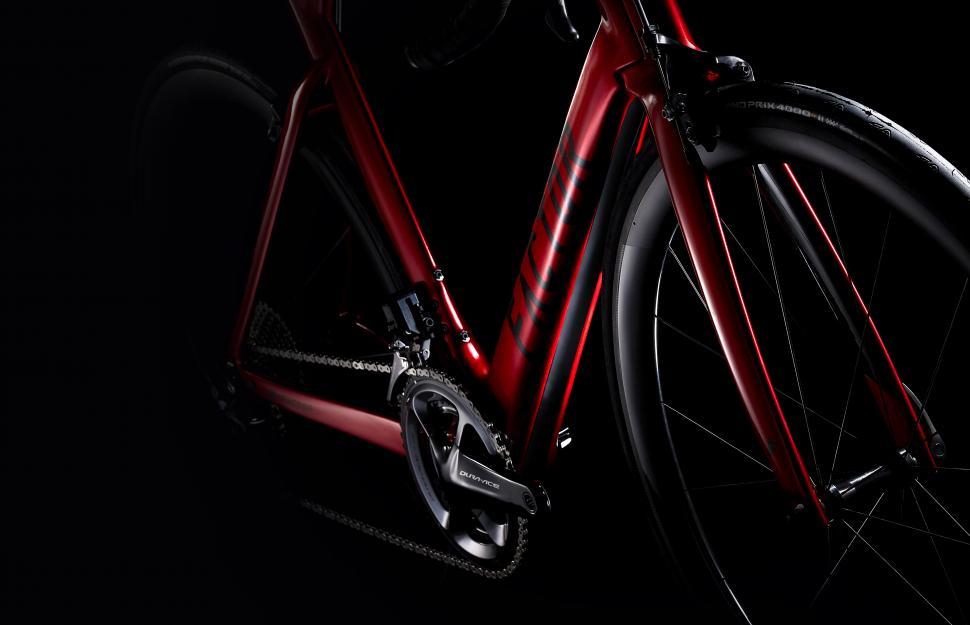 Factor Bikes One 2018 2.jpg