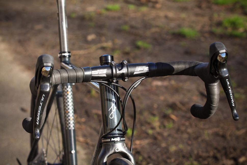 Fairlight Strael 2 - bars.jpg