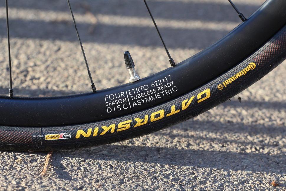 Fairlight Strael - rim and tyre.jpg