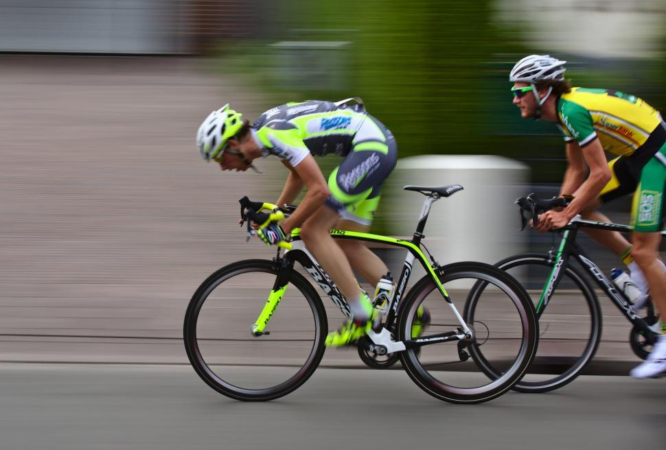 Faster (CC BY-SA 2.0 Dennis van Zuijlekom).jpg