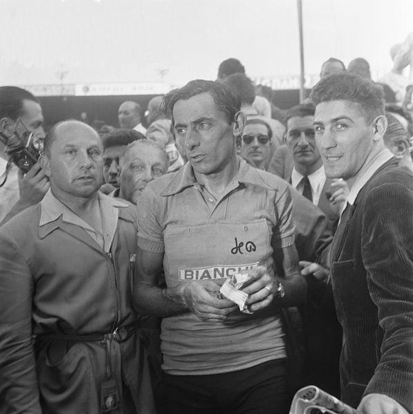 Fausto Coppi at the 1952 Tour de France (public domain)