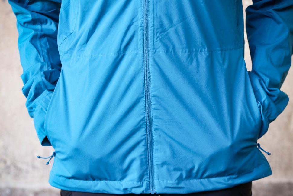 Findra Stroma Technical Jacket - pockets.jpg