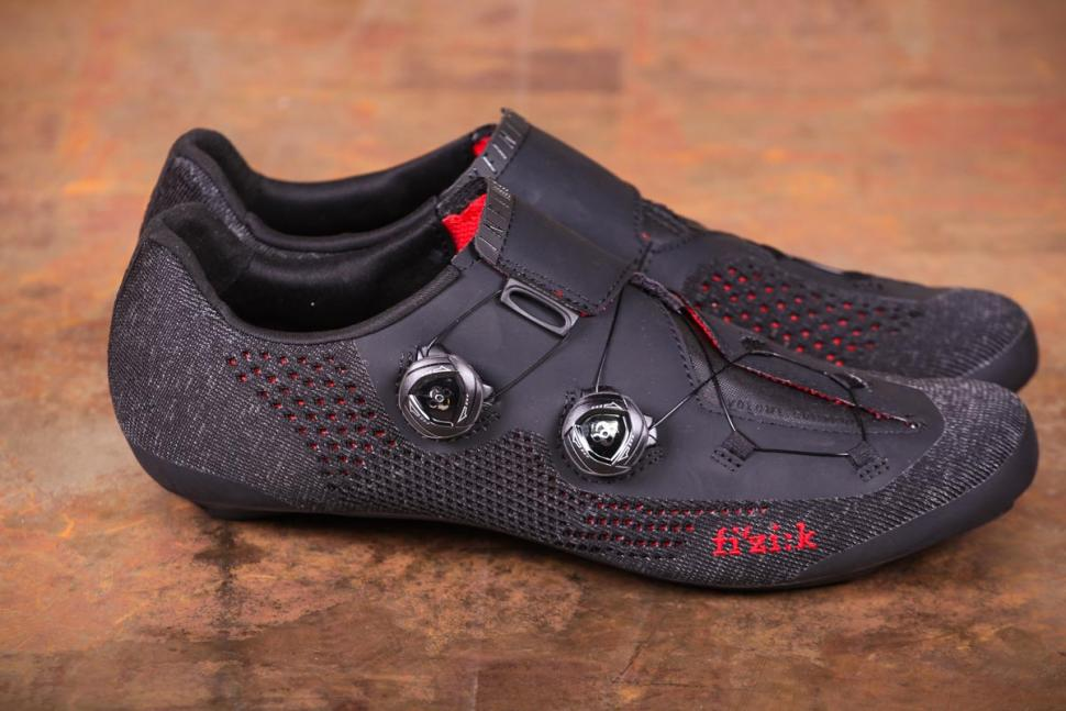 Fizik R1 Knit shoes - sides.jpg
