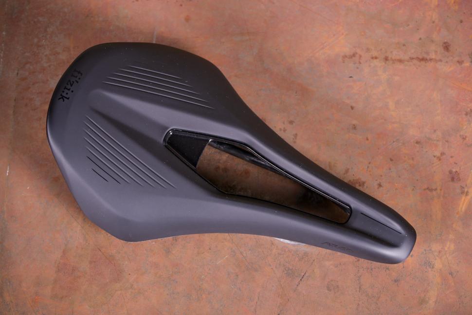 Carbon Fizik Argo R1 Saddle 140mm Black Vento