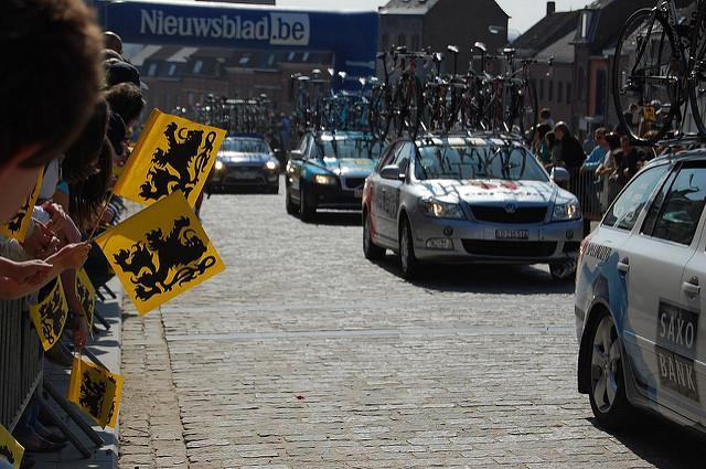 Flanders flags (licensed CC BY SA 2.0 by bram_souffreau on Flickr).jpg