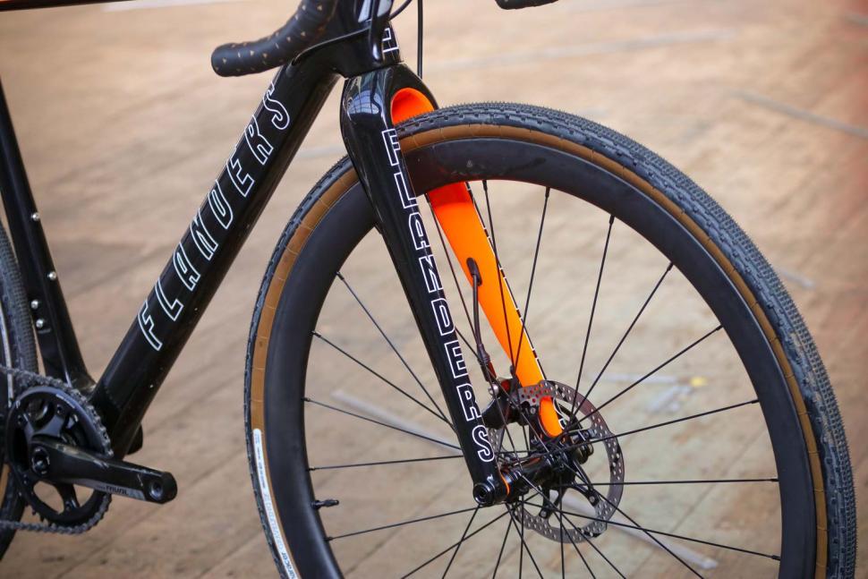 Flanders Forte frameset - fork.jpg