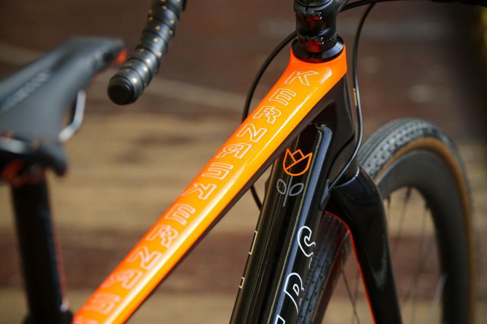 Flanders Forte frameset - top tube.jpg