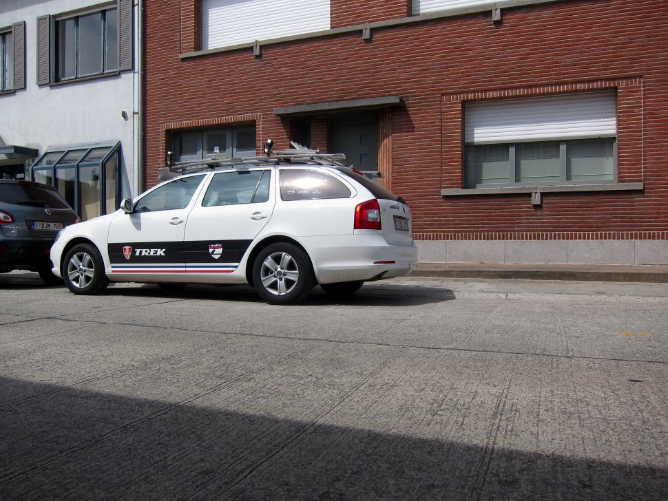 FlandersSummer - TrekCar.jpg