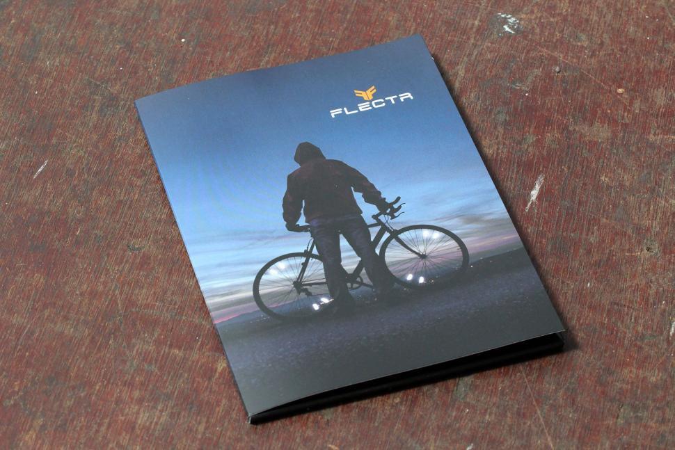 flectr Aerodynamic Wheel Reflector - packaging.jpg