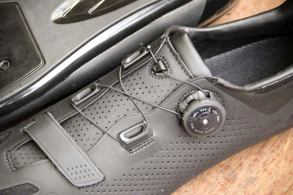 FLR F-11 Pro Road Race Shoe in Black - tension system.jpg
