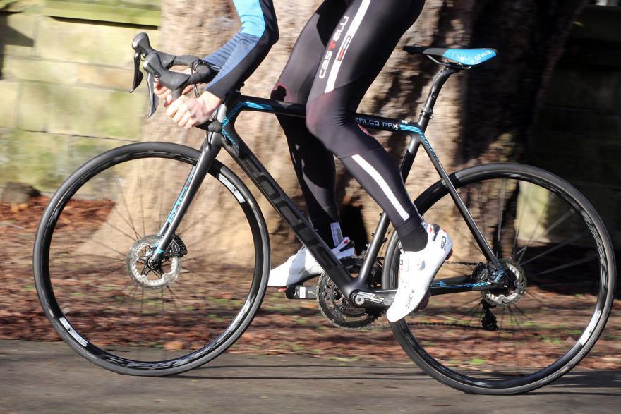 focus-izalco-max-riding-2.jpg
