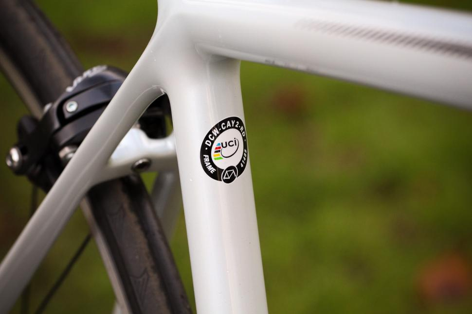 Focus Izalco Race - UCI sticker.jpg