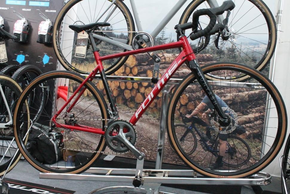 Form Monyash road adventure bike 2019 - 1.jpg