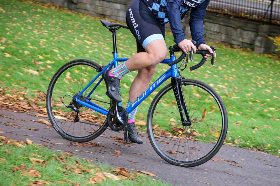 Forme Longcliffe 2 - riding 3.jpg