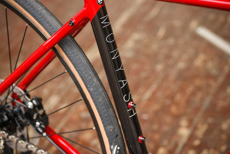 Forme Monyash 1 - seat tube detail.jpg