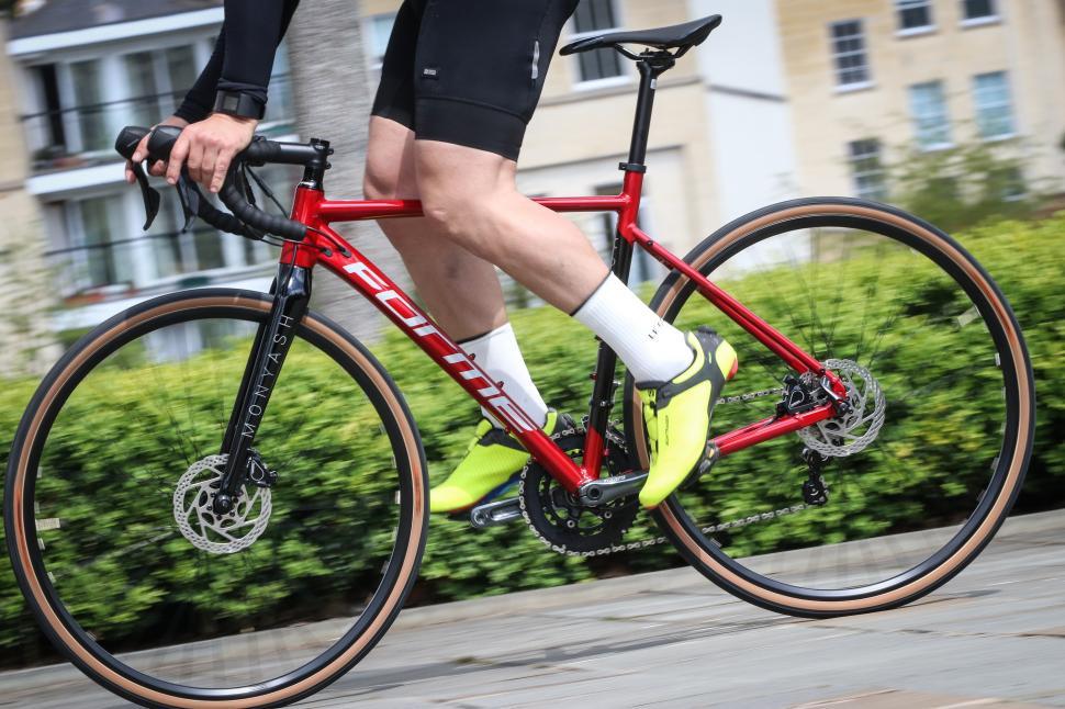 Forme Moynash 1 riding-2.jpg