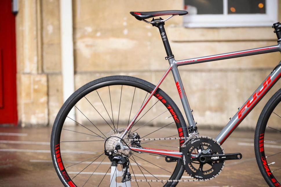 Fuji Roubaix 1.3 Disc - rear_.jpg