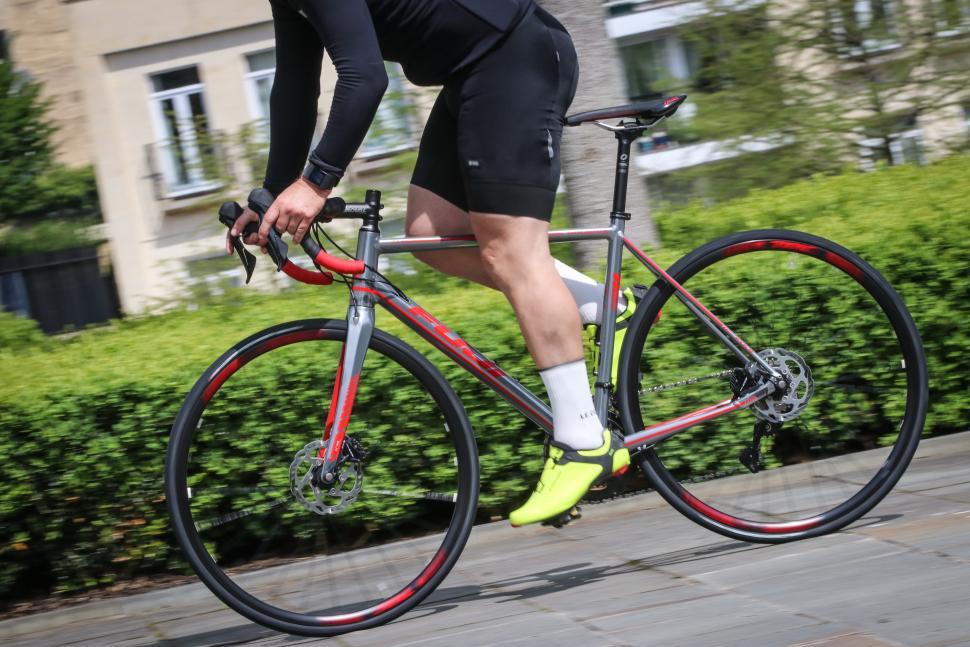 Fuji Roubaix 1.3 Road riding-1.jpg