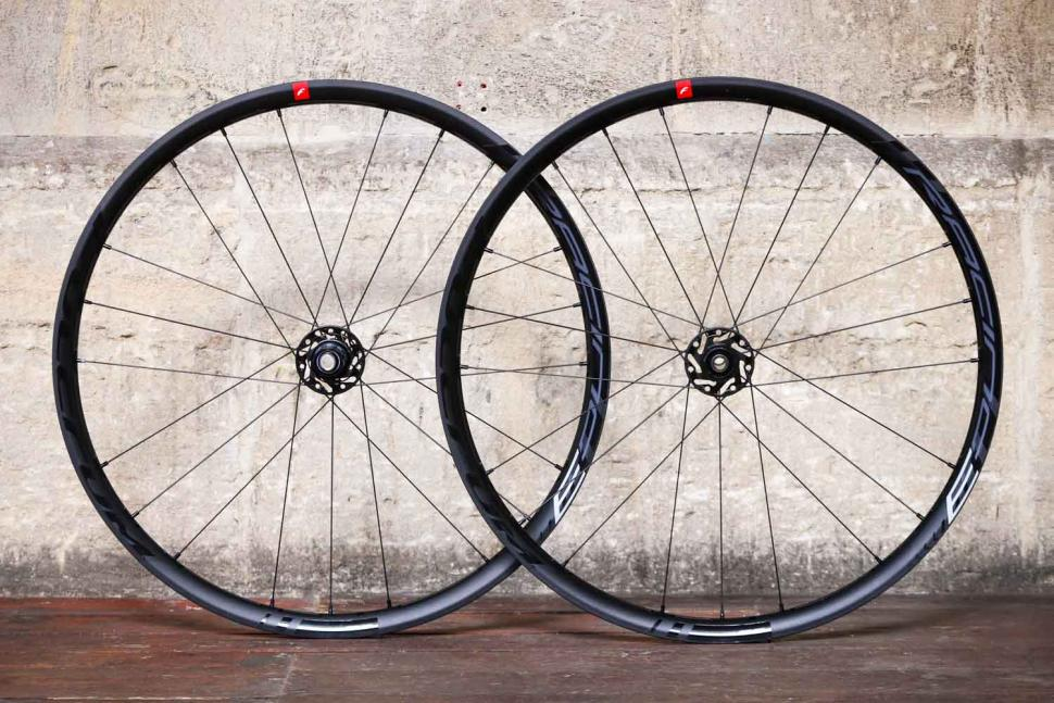 Fulcrum 2019 Racing 3 Disc Brake Wheelset.jpg