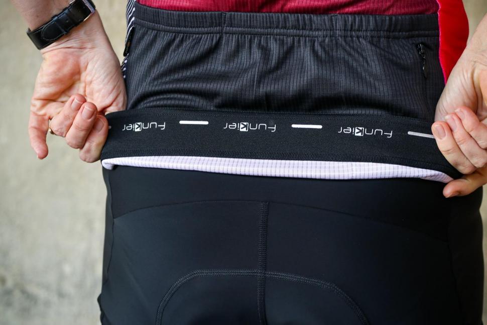 Funkier Mataro Pro Ladies Rider Short Sleeve Jersey in Merlot - gripper.jpg