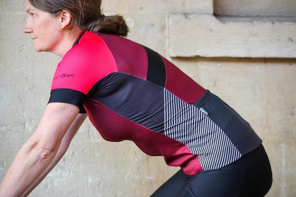 Funkier Mataro Pro Ladies Rider Short Sleeve Jersey in Merlot - riding.jpg