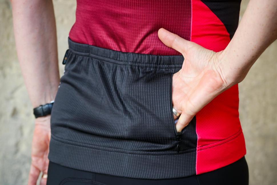 Funkier Mataro Pro Ladies Rider Short Sleeve Jersey in Merlot - zip pocket.jpg