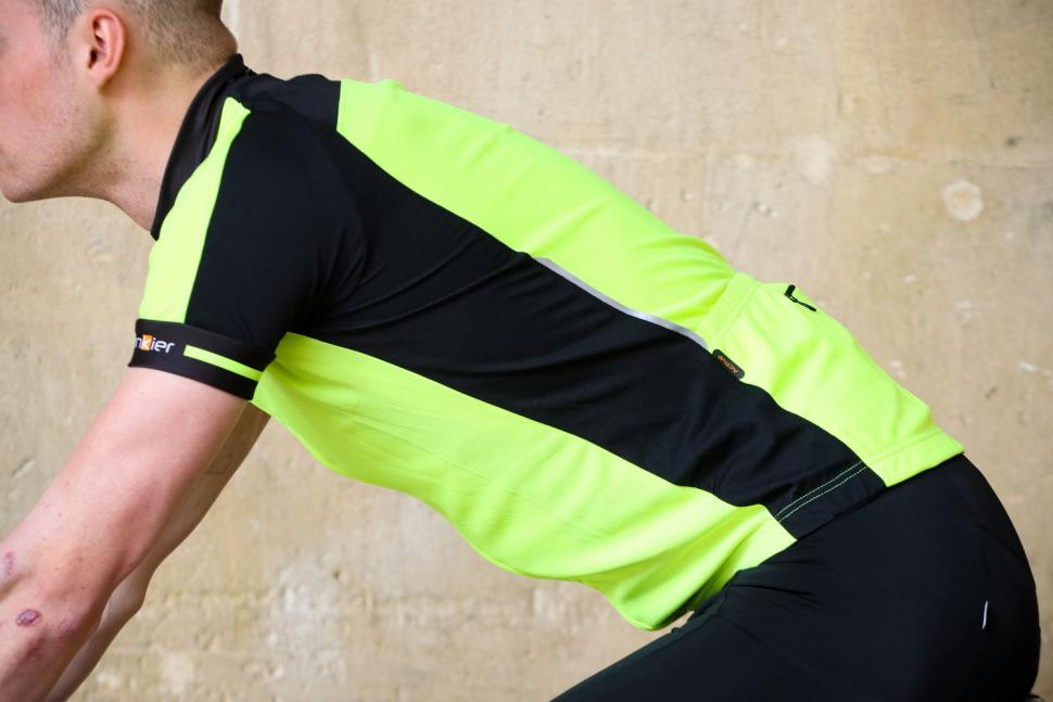 Funkier Stream Gents Short Sleeve Active Jersey in Yellow - riding.jpg