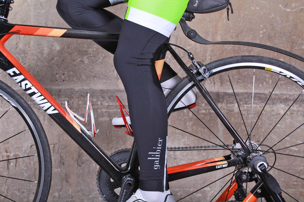 Galibier Ardennes Roubaix Leg Warmer - riding.jpg