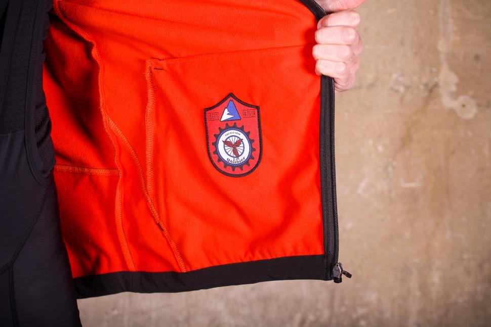 Galibier Bedoin Podium Jacket - inside detail.jpg
