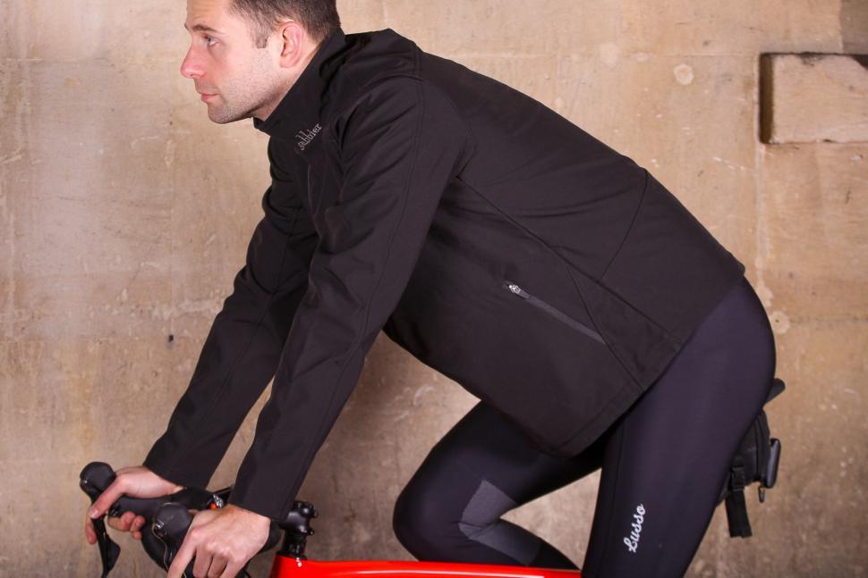 Galibier Bedoin Podium Jacket - riding.jpg