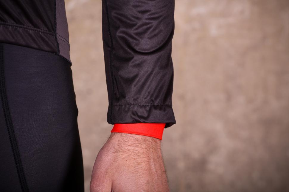 Galibier Gino Pro Wind jacket - cuff.jpg