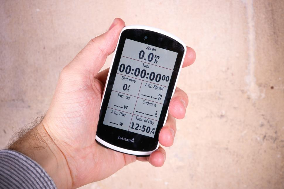 Garmin Edge 1030 - screen stats.jpg