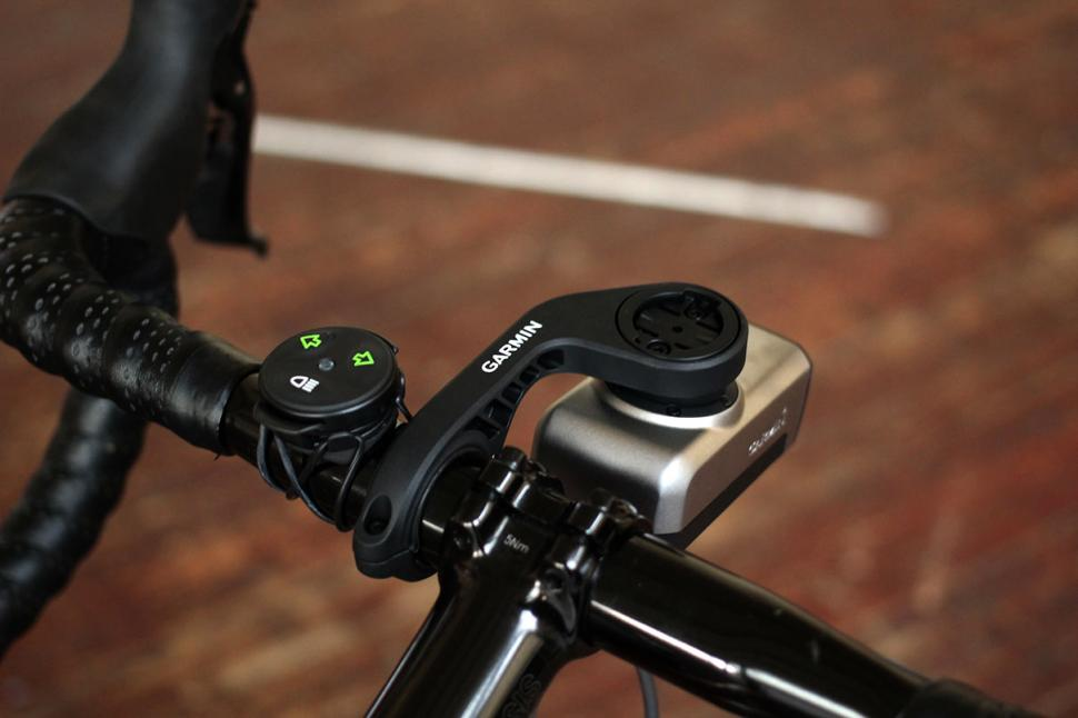 8efa302d409 Review  Garmin Varia Smart Bike Lights