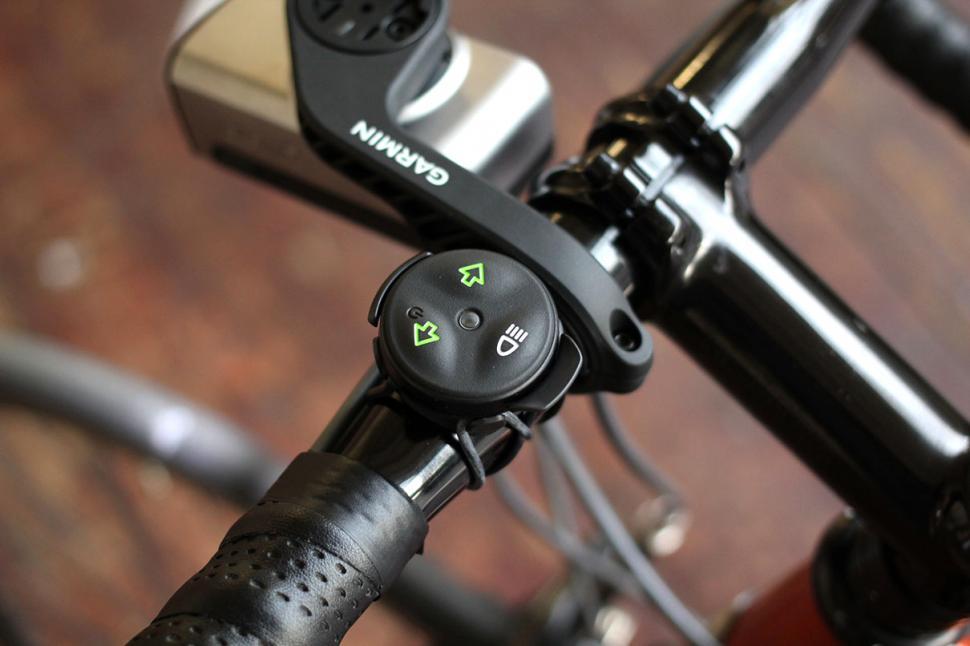 Bicycle Light Reviews >> Review Garmin Varia Smart Bike Lights Road Cc