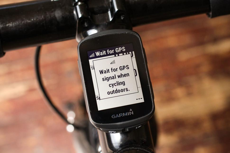 garmin_edge_130_-_screen_1.jpg
