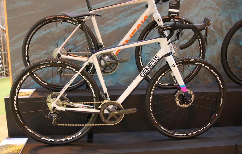 Genesis Bikes Vapour CX  - 1.jpg