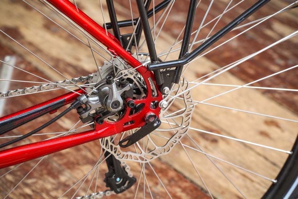 genesis_tour_de_fer_-_rear_disc_brake.jpg