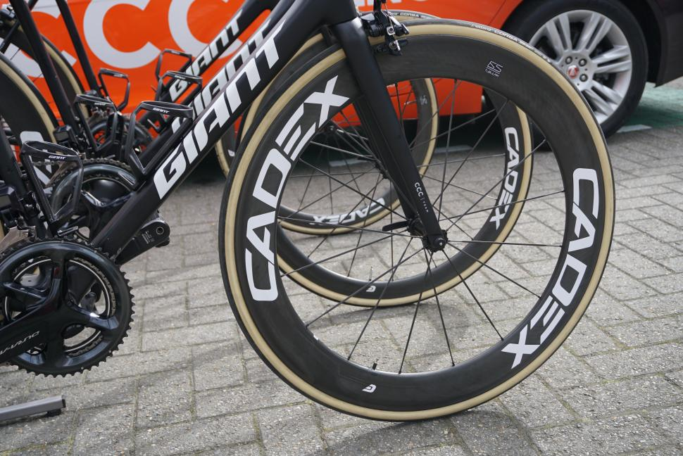 giant cadex wheels10.JPG