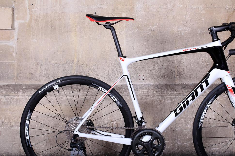 2fff2e37077 Review: Giant Defy Advanced 3 | road.cc