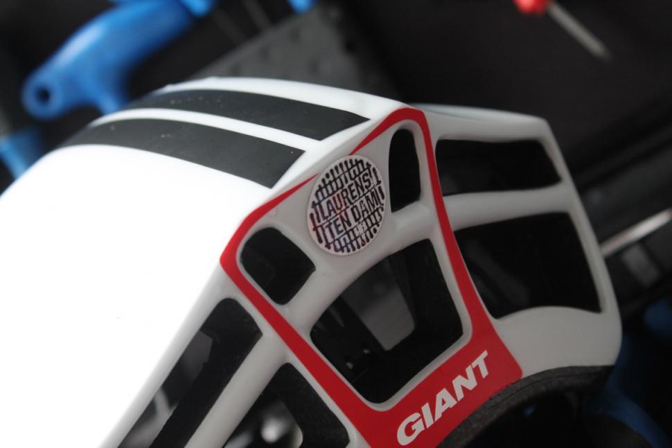 Giant Pursuit helmet  - 4.jpg