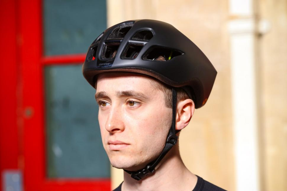 Review Giant Pursuit Mips Aero Road Helmet Road Cc