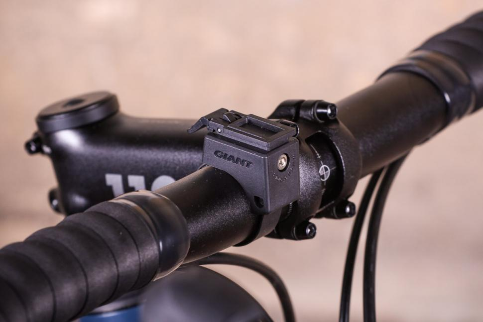 Giant Recon HL 1600 - mount.jpg