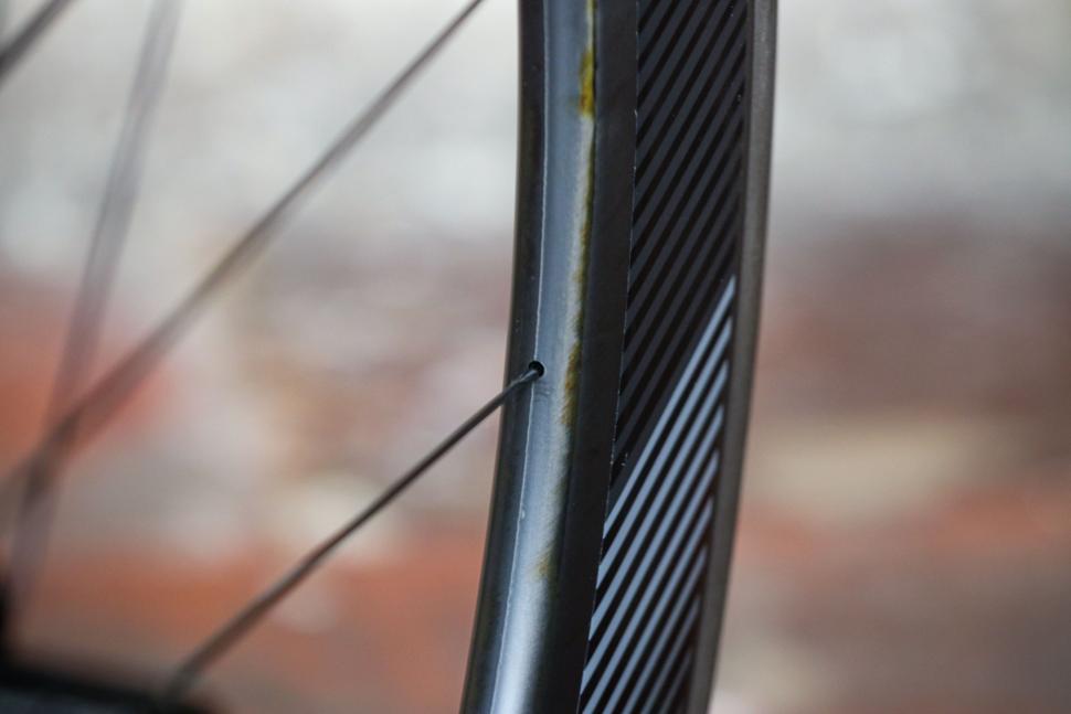 Dt Swiss Nipple Guide Tool Deep Rim Aero Bike Bicycle Race Racing Bikes