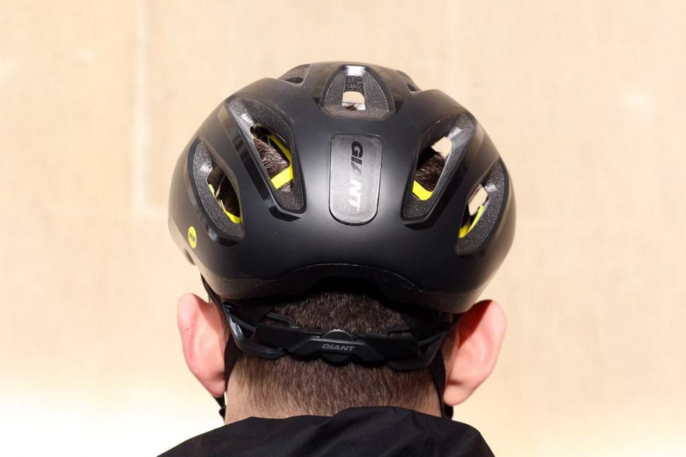 Giant Strive Mips Aero Road Helmet - back.jpg