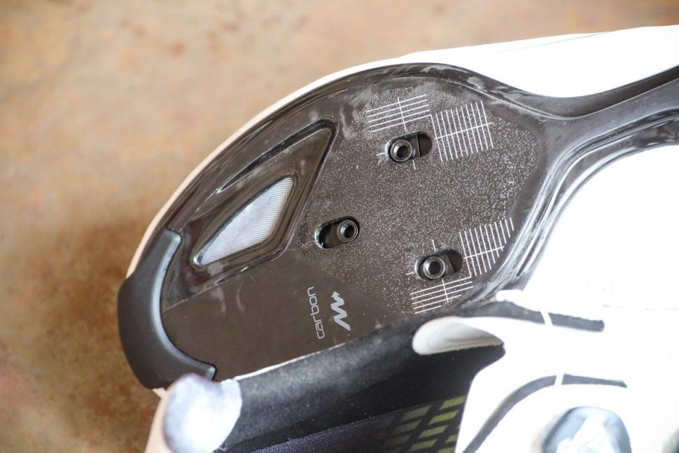 Giant Surge Pro shoes - sole toe.jpg