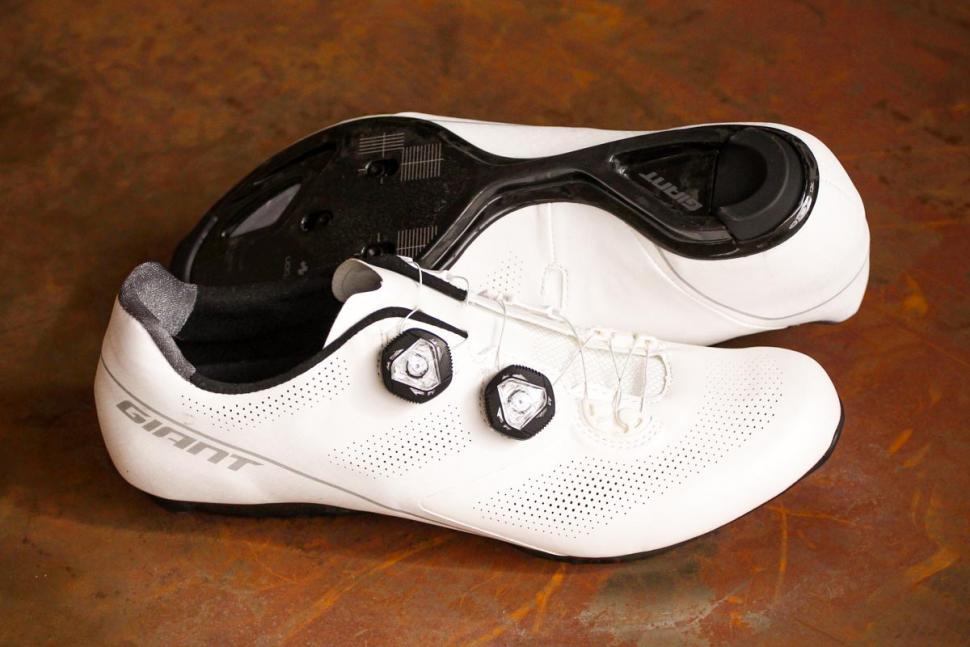 Giant Surge Pro shoes.jpg